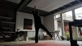 De Hoepeljuf - hoopdance en hoelahoeps
